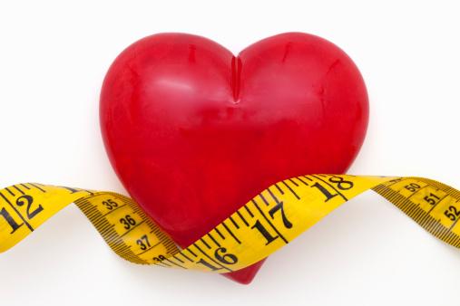 Coração e fita métrica