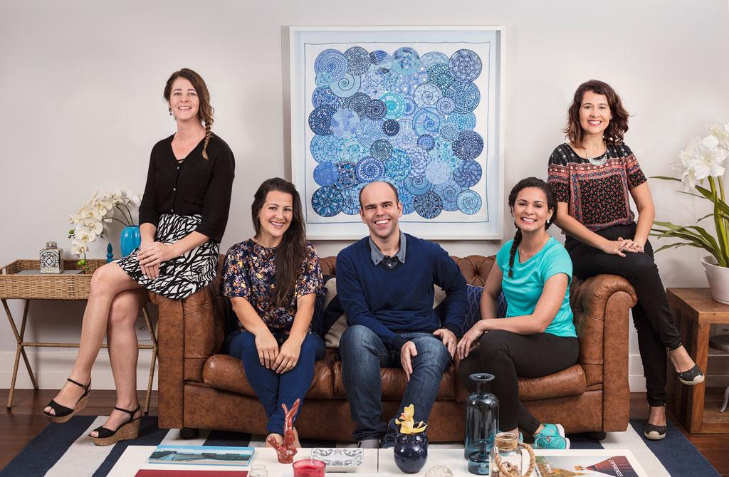 Da esquerda: Elk, Carolina, Leonardo, Debora e Simone. Associados Vitalícios do Vigilantes que compõem a Campanha de Lançamento do novo Programa Online.
