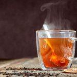 Chá Prende ou Solta o Intestino?