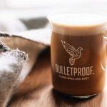 Bulletproof Coffee Funciona? Receita, Benefícios e Perigos