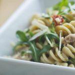 6 Receitas de Salada de Macarrão com Atum Light