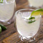 Água com Limão em Jejum Emagrece Mesmo?