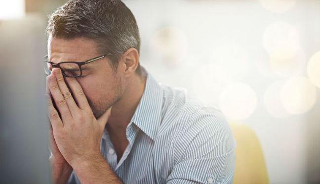 Cabelo grisalho por estresse