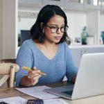 Horas Extras de Trabalho Estão Ligadas a Depressão, Principalmente em Mulheres, Diz Estudo