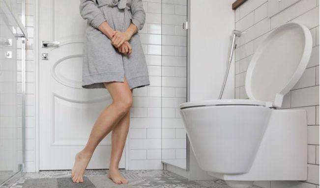 Nervosa urinando