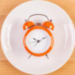 Dieta Low Carb e Jejum Intermitente - Funciona? Faz Mal? Como Fazer?