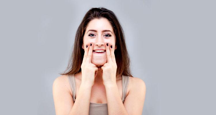 Exercício para afinar rosto
