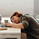 Infralax dá sono? Para que serve e efeitos colaterais