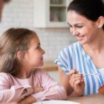 Dicas para ensinar bons hábitos alimentares a crianças